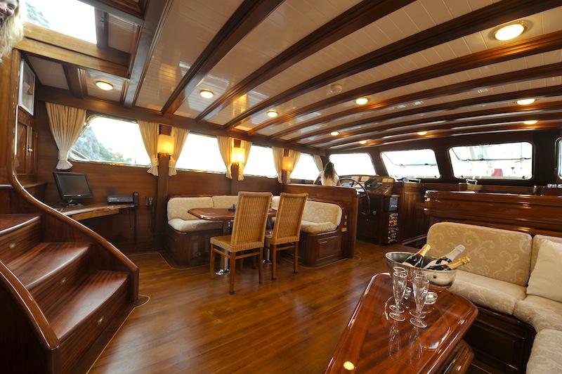 Caicco clarissa vacanze e noleggio for Noleggio cabina julian dal proprietario